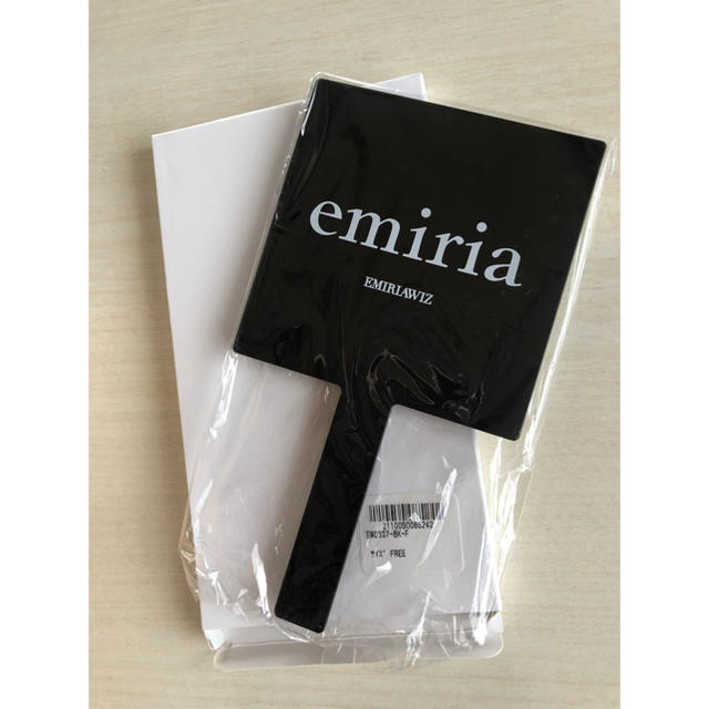 EmiriaWiz(エミリアウィズ)のエミリアウィズ  ノベルティーミラー エンタメ/ホビーのコレクション(ノベルティグッズ)の商品写真