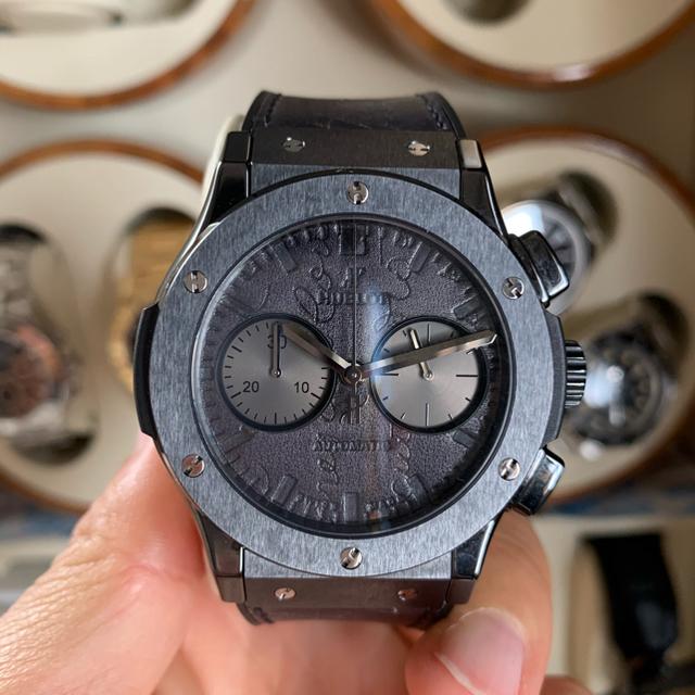 HUBLOT(ウブロ)のウブロ ベルルッティ クラッシックフュージョン クロノグラフ スクリット メンズの時計(腕時計(アナログ))の商品写真