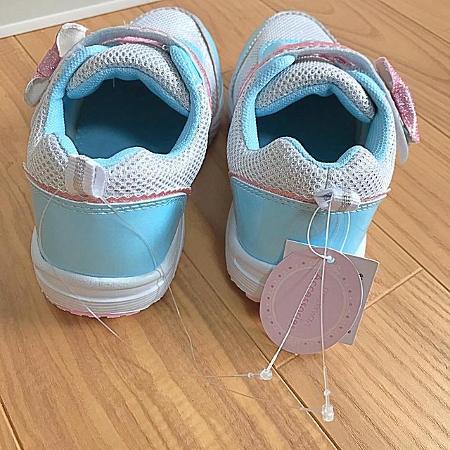 motherways(マザウェイズ)のマザウェイズ スニーカー 18cm リボン マジックテープ キッズ/ベビー/マタニティのキッズ靴/シューズ(15cm~)(スニーカー)の商品写真