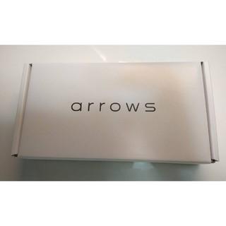 アローズ(arrows)の富士通 arrows M05 ホワイトsimフリー新品未使用未開封品(スマートフォン本体)