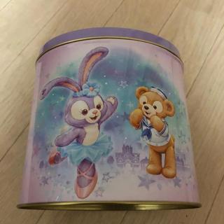 ダッフィー(ダッフィー)の香港ディズニー限定  お菓子缶(小物入れ)