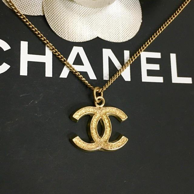 CHANEL(シャネル)の専用 シャネル ネックレス ゴールド ココマーク 金 ロゴ ラメ ペンダント2 レディースのアクセサリー(ネックレス)の商品写真