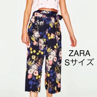 ZARA - ZARA ザラ 花柄 ワイドパンツ ガウチョパンツ ボタニカル S ネイビー