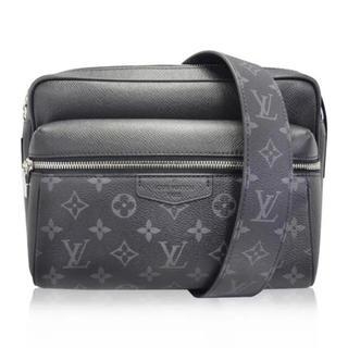 ルイヴィトン(LOUIS VUITTON)のLouis Vuitton メッセンジャーバッグ Black(メッセンジャーバッグ)