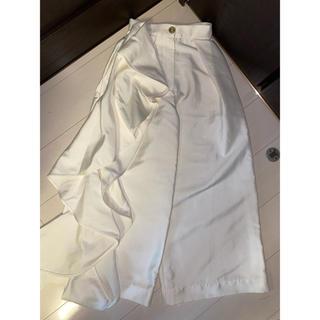 BARNEYS NEW YORK - 美品 solace london フリル ホワイト パンツ