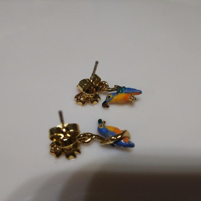 Les Nereides(レネレイド)のレネレイド  鳥 小鳥とお花 ピアス レディースのアクセサリー(ピアス)の商品写真