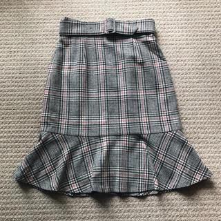 ジャスグリッティー(JUSGLITTY)のジャスグリッティー☆美品!ベルト付きチェックマーメイドスカート(ひざ丈スカート)