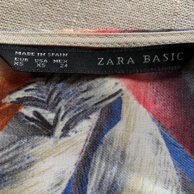 ZARA(ザラ)のpop 様 専用⭐︎ZARA チュニックブラウス レディースのトップス(シャツ/ブラウス(長袖/七分))の商品写真