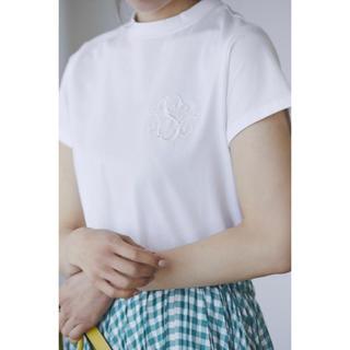 チェスティ(Chesty)のakyuuu様専用 seventen 刺繍 カットソー Tシャツ(Tシャツ/カットソー(半袖/袖なし))