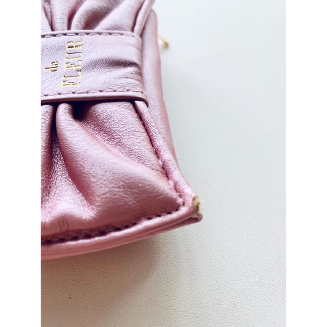 Maison de FLEUR(メゾンドフルール)の【新品】maison de FLEURミニポーチ レディースのファッション小物(ポーチ)の商品写真