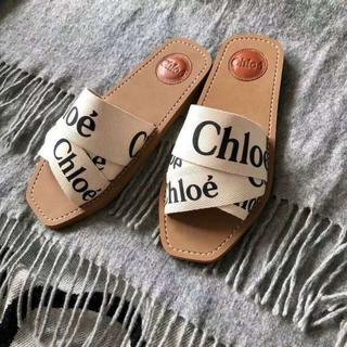 クロエ(Chloe)の2020新作 Chloe クロエ WOODY ロゴ フラット サンダル(スニーカー)