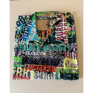 BURBERRY - 【新品】Burberry プリントシャツ (マルチカラー)落書き総柄