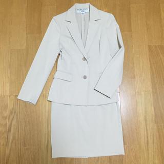ナチュラルビューティーベーシック(NATURAL BEAUTY BASIC)のナチュビュー 薄ベージュスーツ(スーツ)
