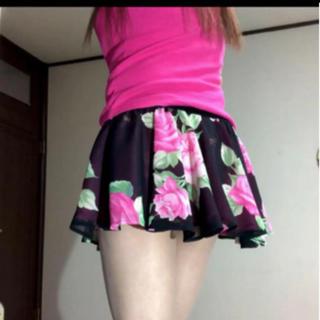 マーズ(MA*RS)のMA*RSバラ柄スカート(ミニスカート)