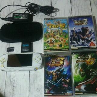 プレイステーションポータブル(PlayStation Portable)のPSP-1000本体、付属品、ソフト4本セット(携帯用ゲーム機本体)