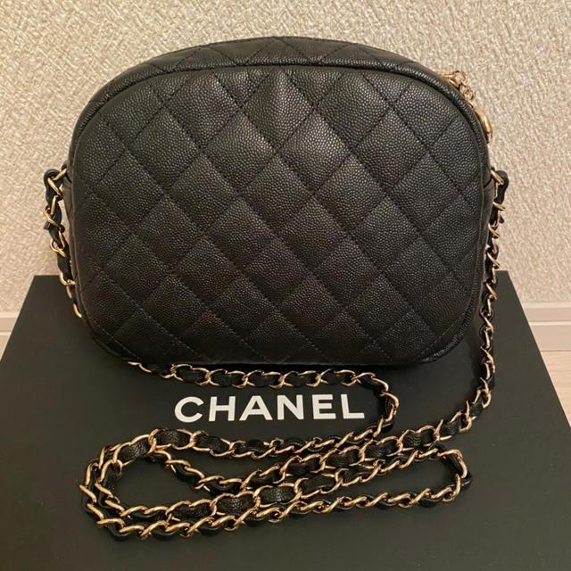 CHANEL(シャネル)の正規品 美品 CHANEL ミニマトラッセ キャビアスキン ブラック 斜めがけ レディースのバッグ(ショルダーバッグ)の商品写真