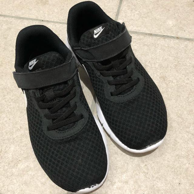 NIKE(ナイキ)のNIKE   TANJUN(PSV) タンジュン  22㎝ キッズ/ベビー/マタニティのキッズ靴/シューズ(15cm~)(スニーカー)の商品写真
