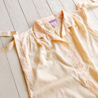 フラワー(flower)の古着 刺繍入りリボンノースリーブシャツ 一点もの(シャツ/ブラウス(半袖/袖なし))
