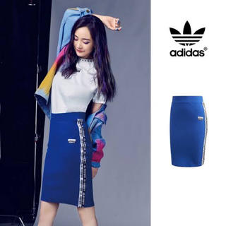 アディダス(adidas)のadidasOriginals S(ひざ丈スカート)