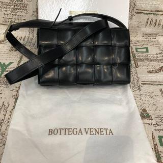 Bottega Veneta - BOTTEGA VENETA パデッド カセット レザーバッグ