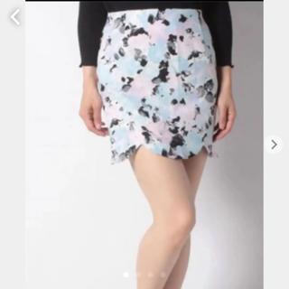 デイライルノアール(Delyle NOIR)のフラワータイトスカート(ミニスカート)