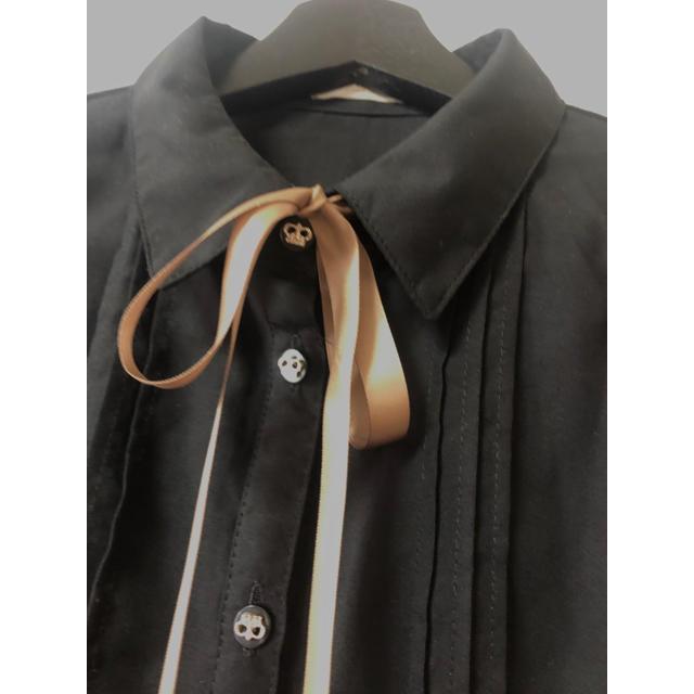 axes femme(アクシーズファム)のアクシーズファム  袖リボンシャツトップス レディースのトップス(シャツ/ブラウス(長袖/七分))の商品写真