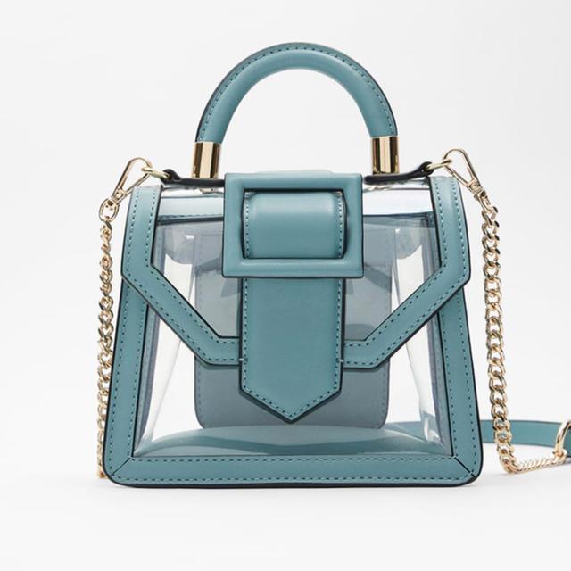 ZARA(ザラ)のZARAビニールバッグバンドバッグショルダーバッグ レディースのバッグ(ショルダーバッグ)の商品写真