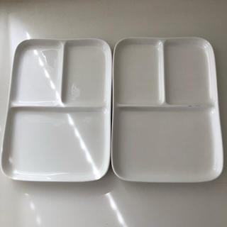 MUJI (無印良品) - 無地良品 磁器ベージュ角皿・仕切付