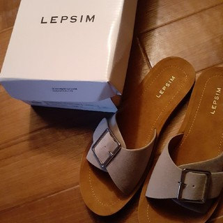 LEPSIM - バックルベルトサンダル