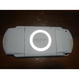 プレイステーションポータブル(PlayStation Portable)のPSP 1000 ホワイト 本体 充電器 メモリーカード他 美品(携帯用ゲーム機本体)