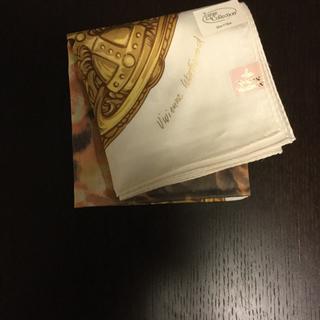 ヴィヴィアンウエストウッド(Vivienne Westwood)のビビアンウエストウッド 大判ハンカチ 額縁天使柄 地色 クリーム(ハンカチ)