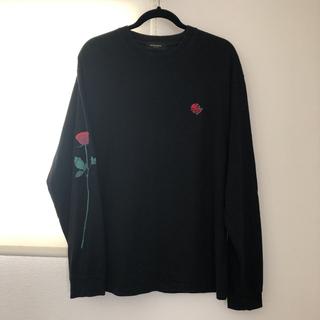 トゥエンティーフォーカラッツ(24karats)の24karats  バラ 薔薇柄 ロング Tシャツ(Tシャツ/カットソー(七分/長袖))