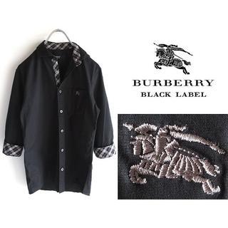 バーバリーブラックレーベル(BURBERRY BLACK LABEL)の希少 バーバリーブラックレーベル ホースロゴ刺繍 チェック裏地 ストレッチシャツ(シャツ)
