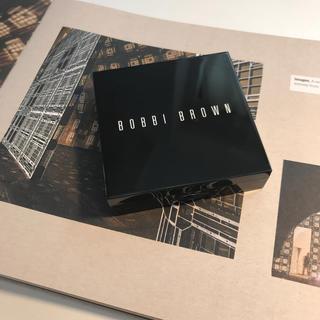 ボビイブラウン(BOBBI BROWN)のB O B B I  BR OW N シマーブリック(フェイスカラー)