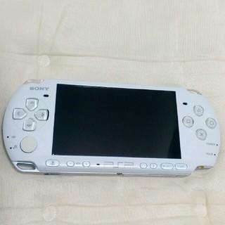 プレイステーションポータブル(PlayStation Portable)のpsp本体 3000 ホワイト(携帯用ゲーム機本体)