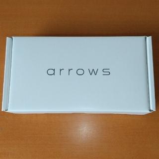 アローズ(arrows)のarrows M05 ブラック SIMフリー(スマートフォン本体)