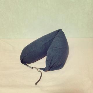 ムジルシリョウヒン(MUJI (無印良品))のネッククッション(旅行用品)