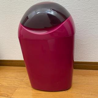 コンビ(combi)のCombi おむつゴミ箱(紙おむつ用ゴミ箱)