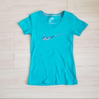 ナイキ(NIKE)のNIKE レディース Tシャツ S(Tシャツ(半袖/袖なし))
