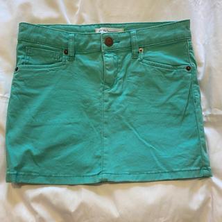 ビーシービージーマックスアズリア(BCBGMAXAZRIA)のBCBG ミントグリーン ミニスカート(ミニスカート)
