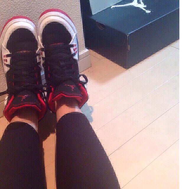 NIKE(ナイキ)のNIKE AIR JORDAN レディースの靴/シューズ(スニーカー)の商品写真