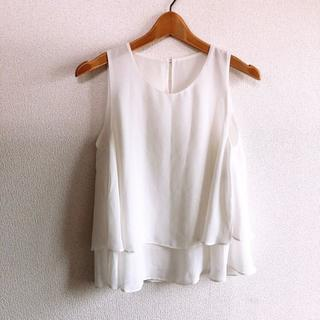 COMME CA ISM - COMME CA ISM♡ノースリトップス♡ホワイトM♡美品♡コムサイズム♡