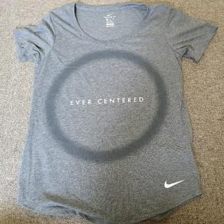 ナイキ(NIKE)のNIKE tシャツ  グレー  Sサイズ(Tシャツ(半袖/袖なし))