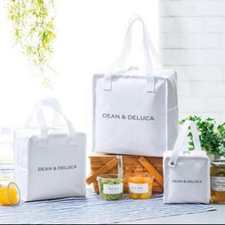 ディーンアンドデルーカ(DEAN & DELUCA)のDEAN&DELUCAの保冷バッグ(トートバッグ)