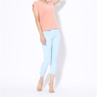 ナイキ(NIKE)のNIKE/2点Mセット♡白ピンクロゴメッシュティシャツ&ブルーリボンタイツ(ルームウェア)