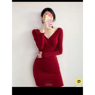 エイソス(asos)の赤ボディコンワンピース パーティー •ディーナー•キャバ嬢ドレス・韓国ブランド(ひざ丈ワンピース)