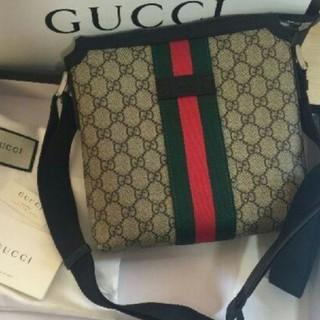 グッチ(Gucci)のGUCCI GGスプリーム メッセンジャーバッグ(メッセンジャーバッグ)