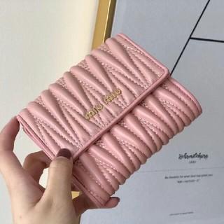 miumiu - MIUMIU 新品未使用 ラブレター財布 折財布