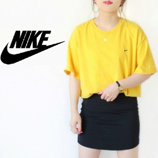 ナイキ(NIKE)の【ホンジュラス製】NIKE ヴィンテージ ゆるだぼ スウォッシュ刺繍 黄色シャツ(Tシャツ(半袖/袖なし))