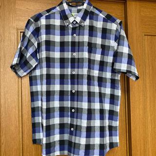 シマムラ(しまむら)のLOGOS DAYS の半袖チェックシャツ 新品未使用品 ロゴ刺繍入り(シャツ)